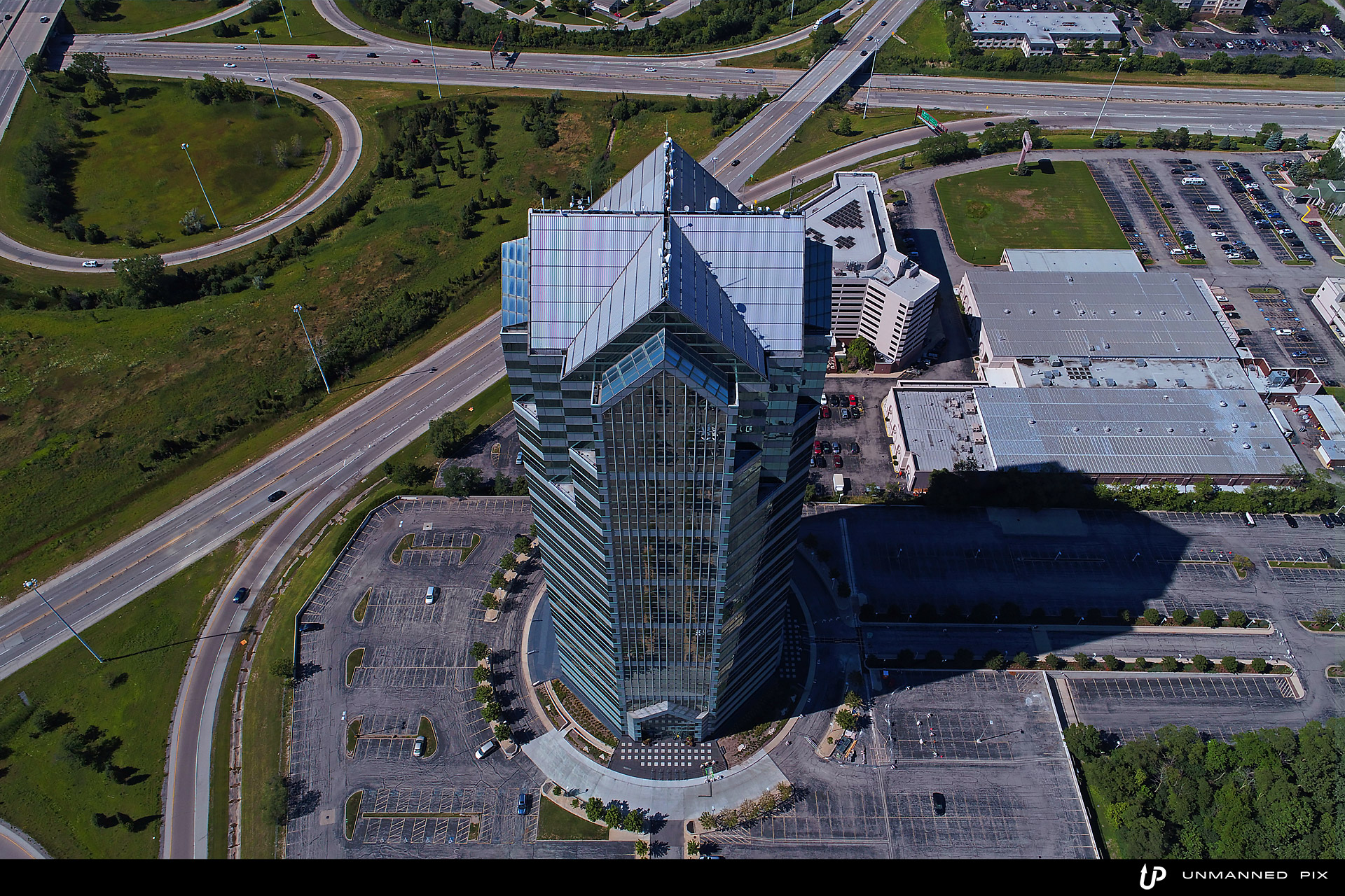 aerial view of the oakbrook terrace tower, facing north, photographed by jacob rosenfeld for unmannedpix.com