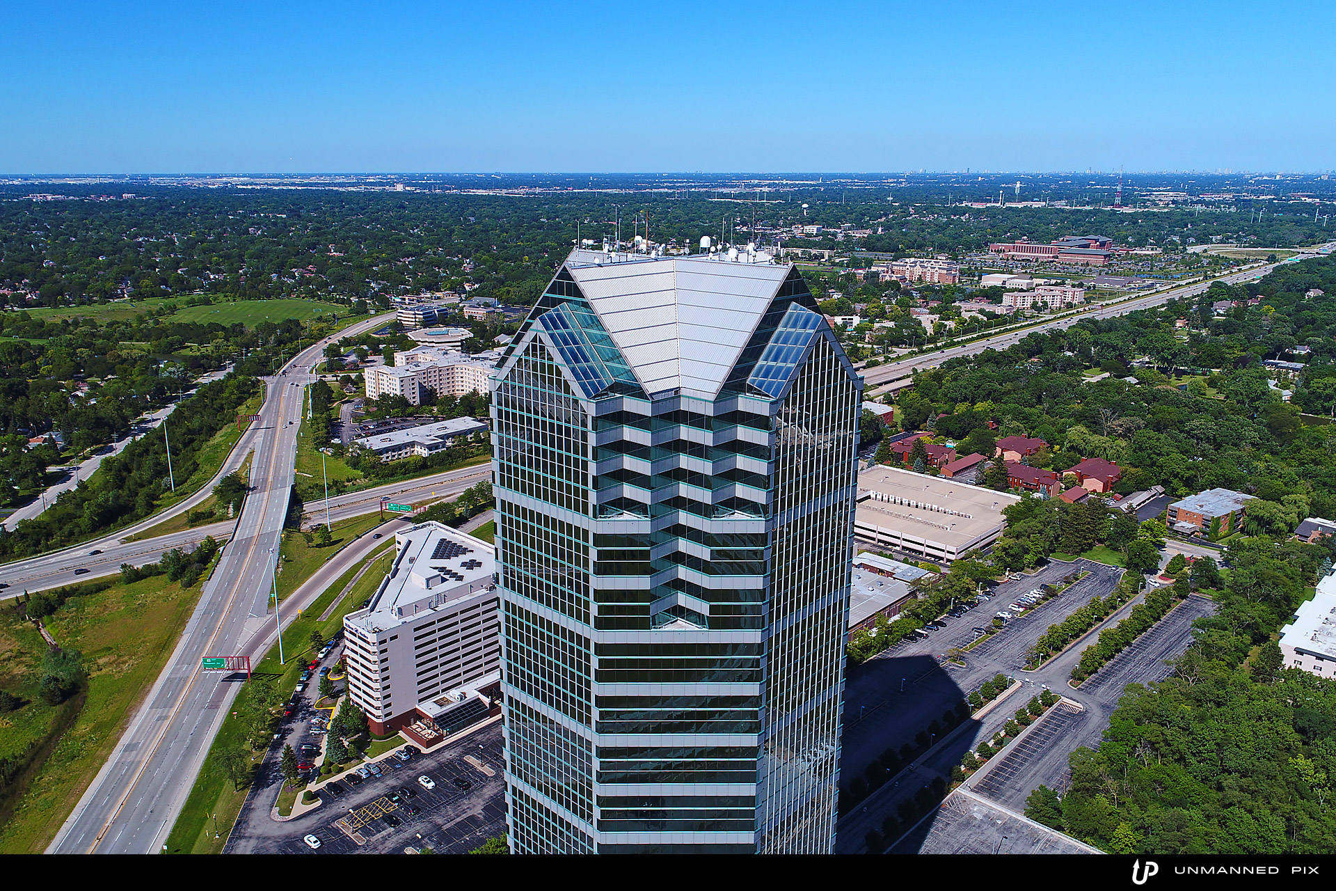 aerial view of the oakbrook terrace tower, facing north east, photographed by jacob rosenfeld for unmannedpix.com